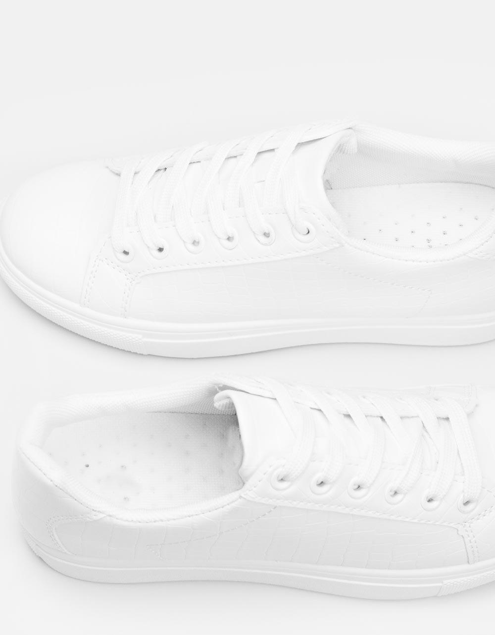 Εικόνα από Γυναικεία sneakers μονόχρωμα με κροκό Λευκό