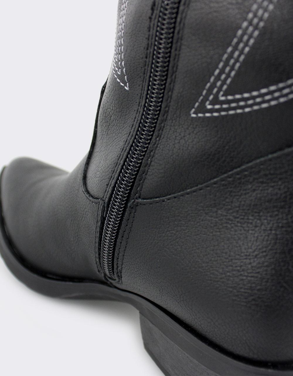 Εικόνα από Γυναικείες μπότες με σχέδια Μαύρο