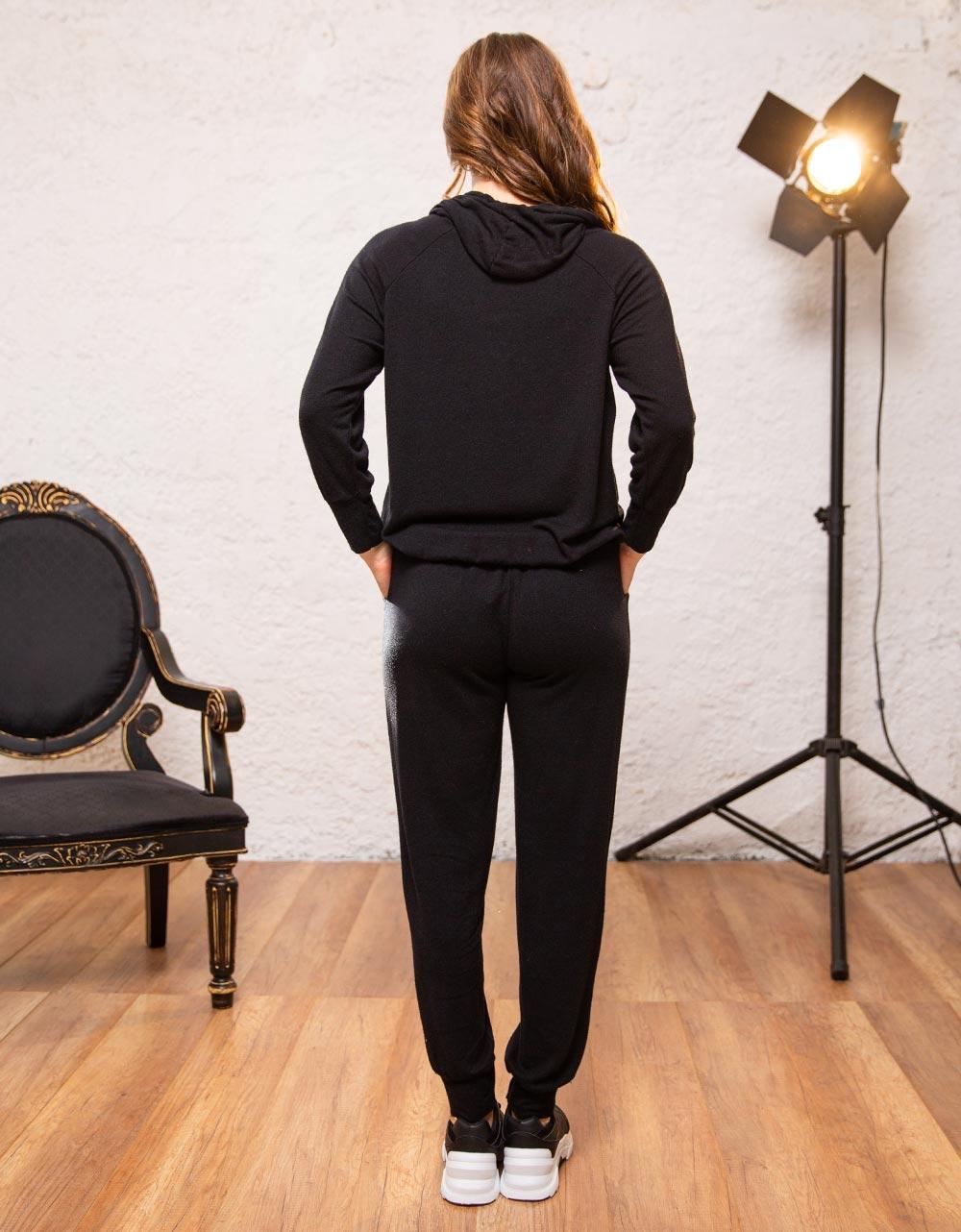 Εικόνα από Γυναικείο παντελόνι με λάστιχο Μαύρο