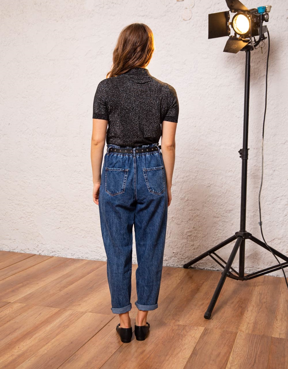 Εικόνα από Γυναικεία μπλούζα γυαλιστερή Μαύρο