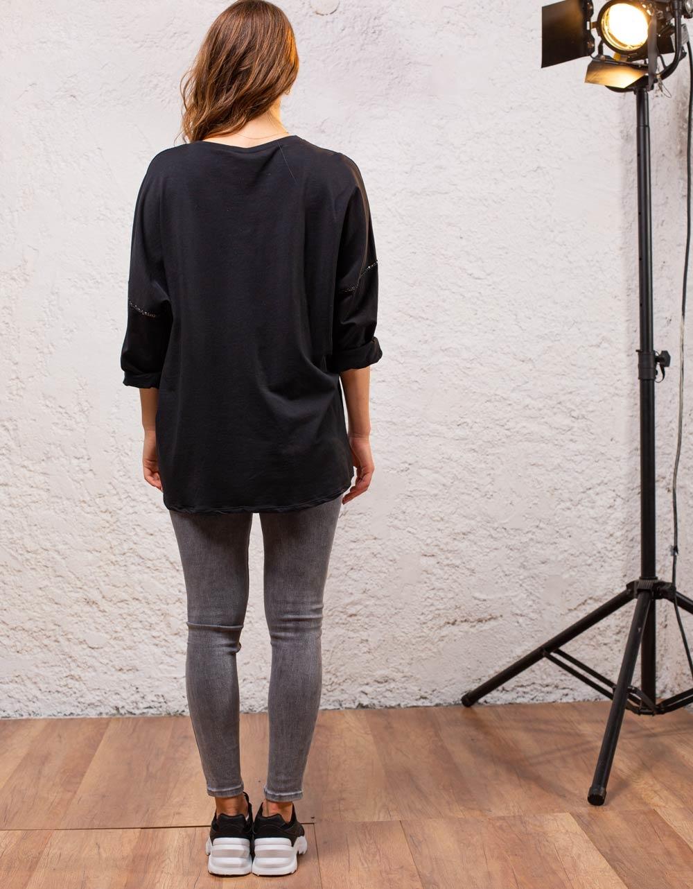 Εικόνα από Γυναικεία μπλούζα με σχέδια Μαύρο