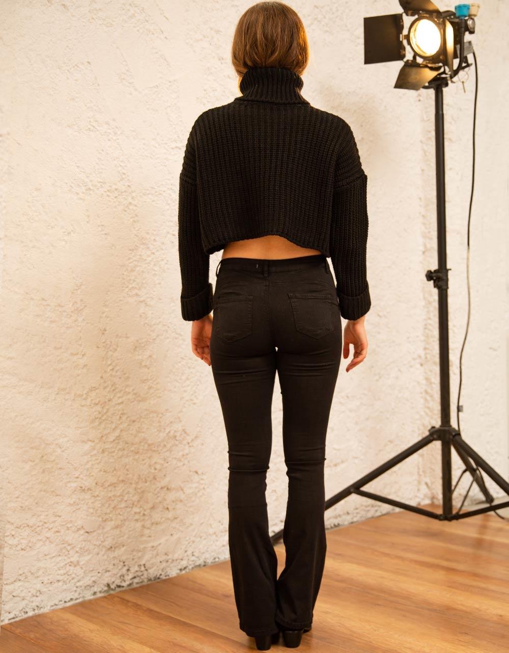Εικόνα από Γυναικεία μπλούζα ζιβάγκο πλεκτή crop top Μαύρο
