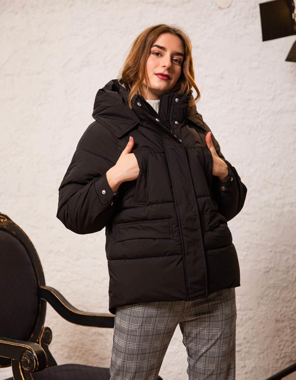 Εικόνα από Γυναικεία μπουφάν οversized φουσκωτό Μαύρο
