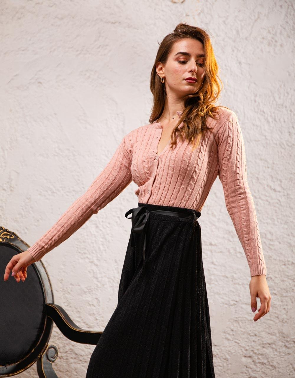 Εικόνα από Γυναικεία ζακέτα πλεκτή με κουμπιά Ροζ