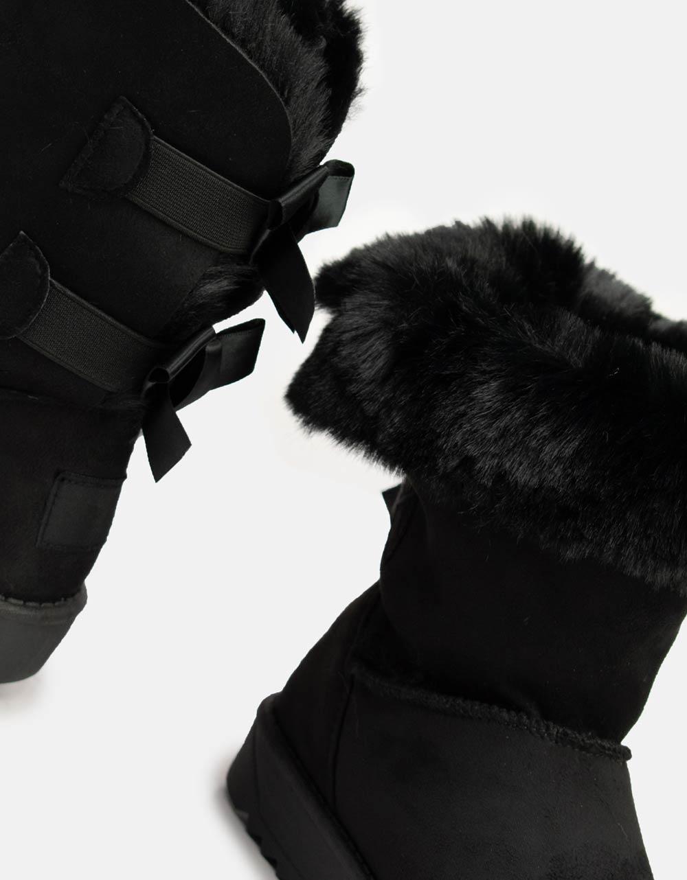 Εικόνα από Γυναικεία μποτάκια με εσωτερικό γουνάκι Μαύρο