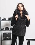 Εικόνα από Γυναικείo μπουφάν με αποσπώμενο γουνάκι και ζώνη Μαύρο
