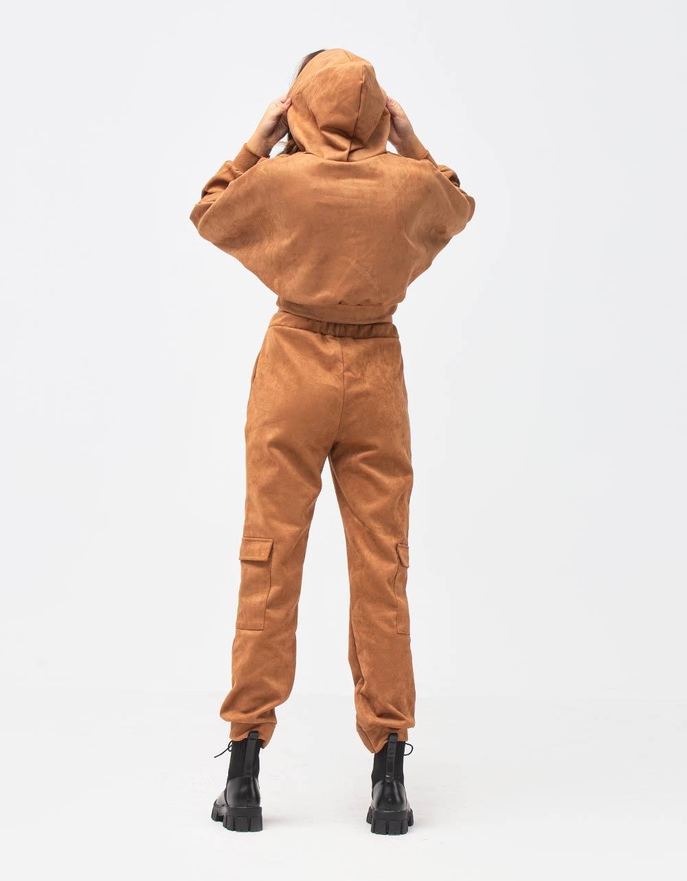 Εικόνα από Γυναικεία σετ μπλούζα & παντελόνι Καφέ