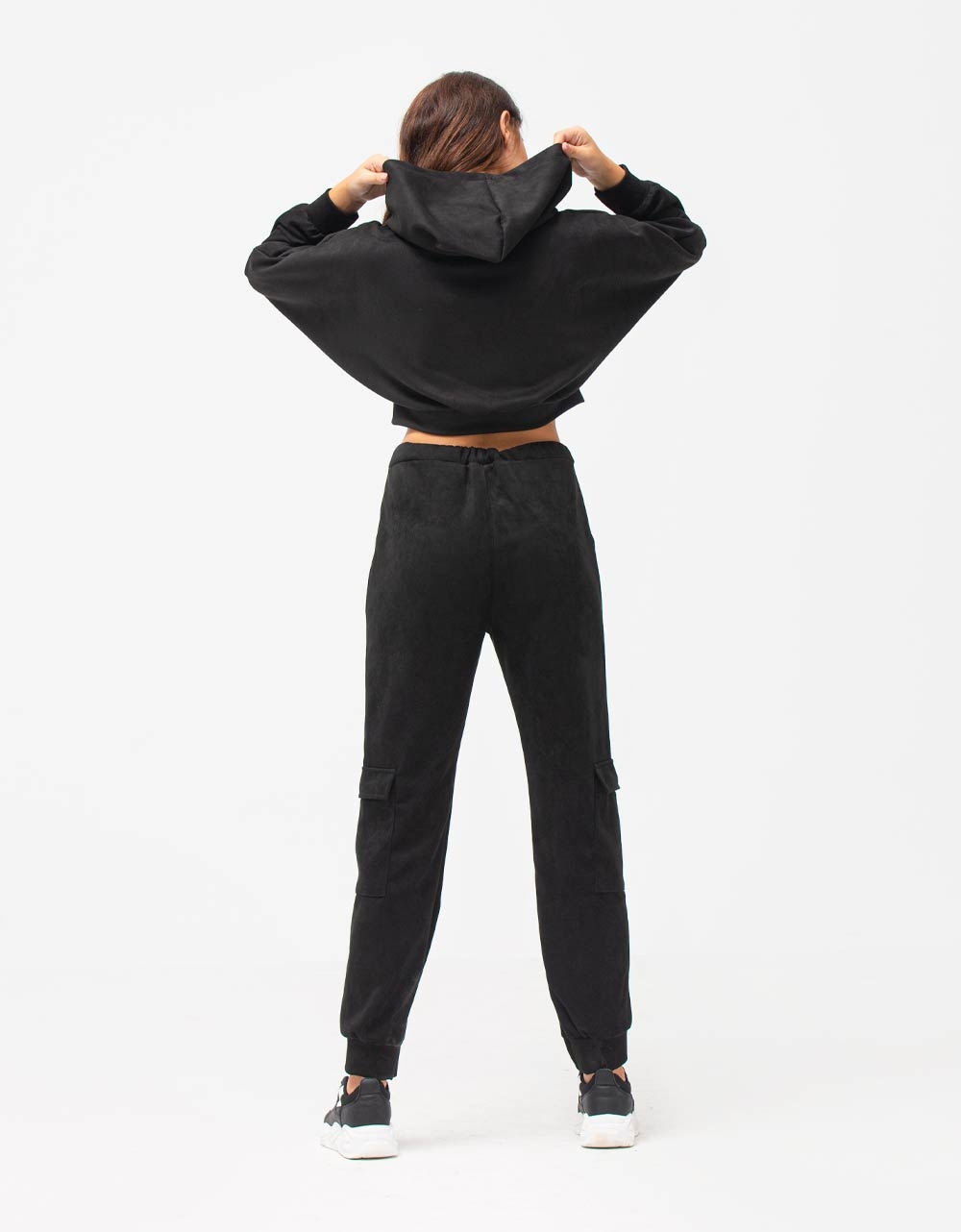 Εικόνα από Γυναικεία σετ μπλούζα & παντελόνι Μαύρο