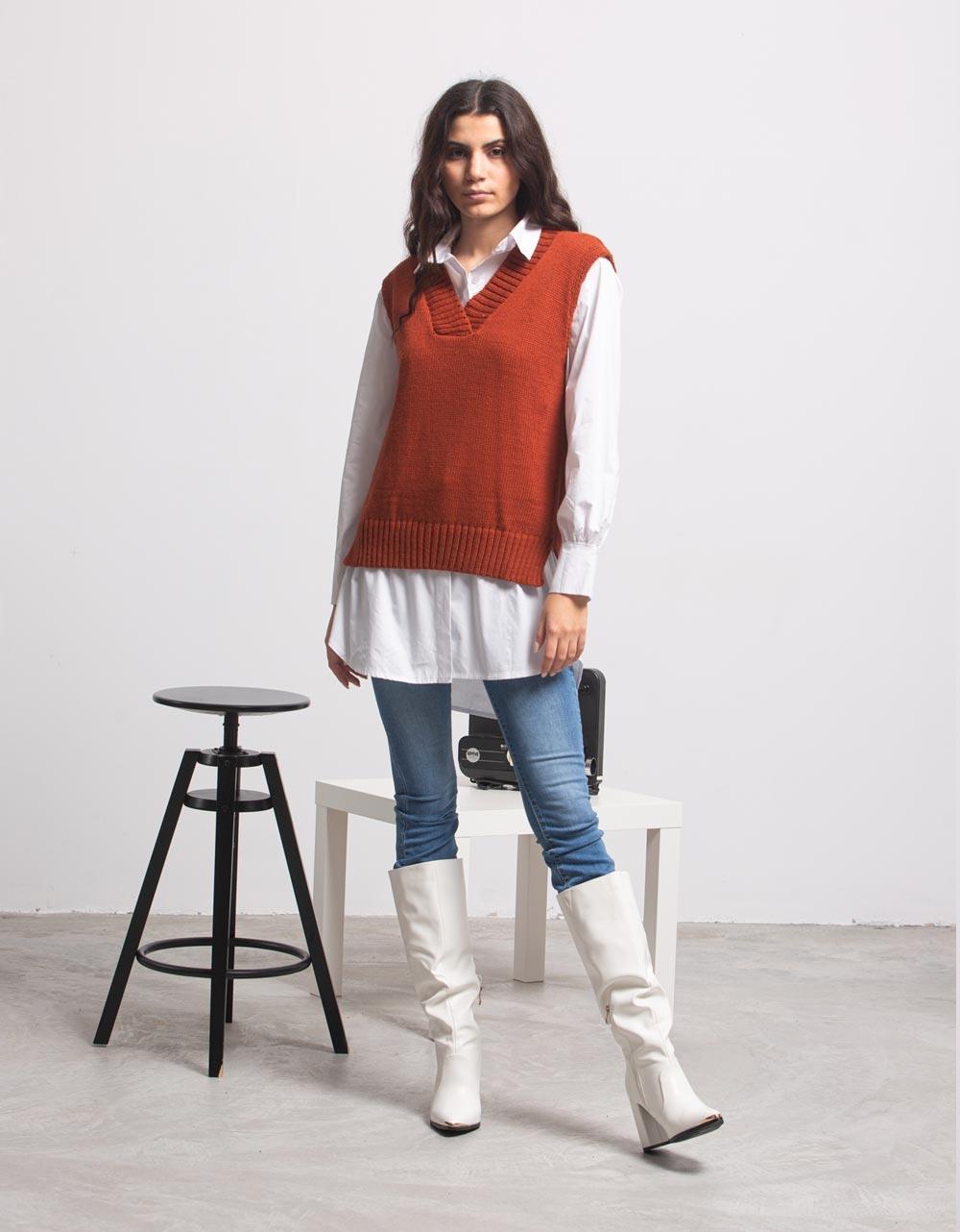 Εικόνα από Γυναικεία μπλούζα γιλέκο πλεκτό Καφέ