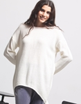 Εικόνα από Γυναικεία μπλούζα με ασύμμετρο σχέδιο Λευκό