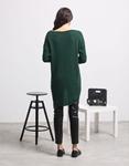 Εικόνα από Γυναικεία μπλούζα με ασύμμετρο σχέδιο Πράσινο