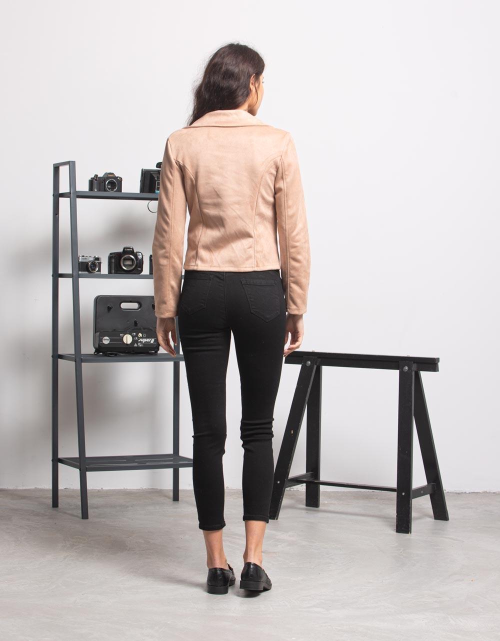 Εικόνα από Γυναικείo μπουφάν με φερμουάρ Μπεζ