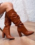 Εικόνα από Γυναικείες μπότες με σούρες μυτερές Ταμπά