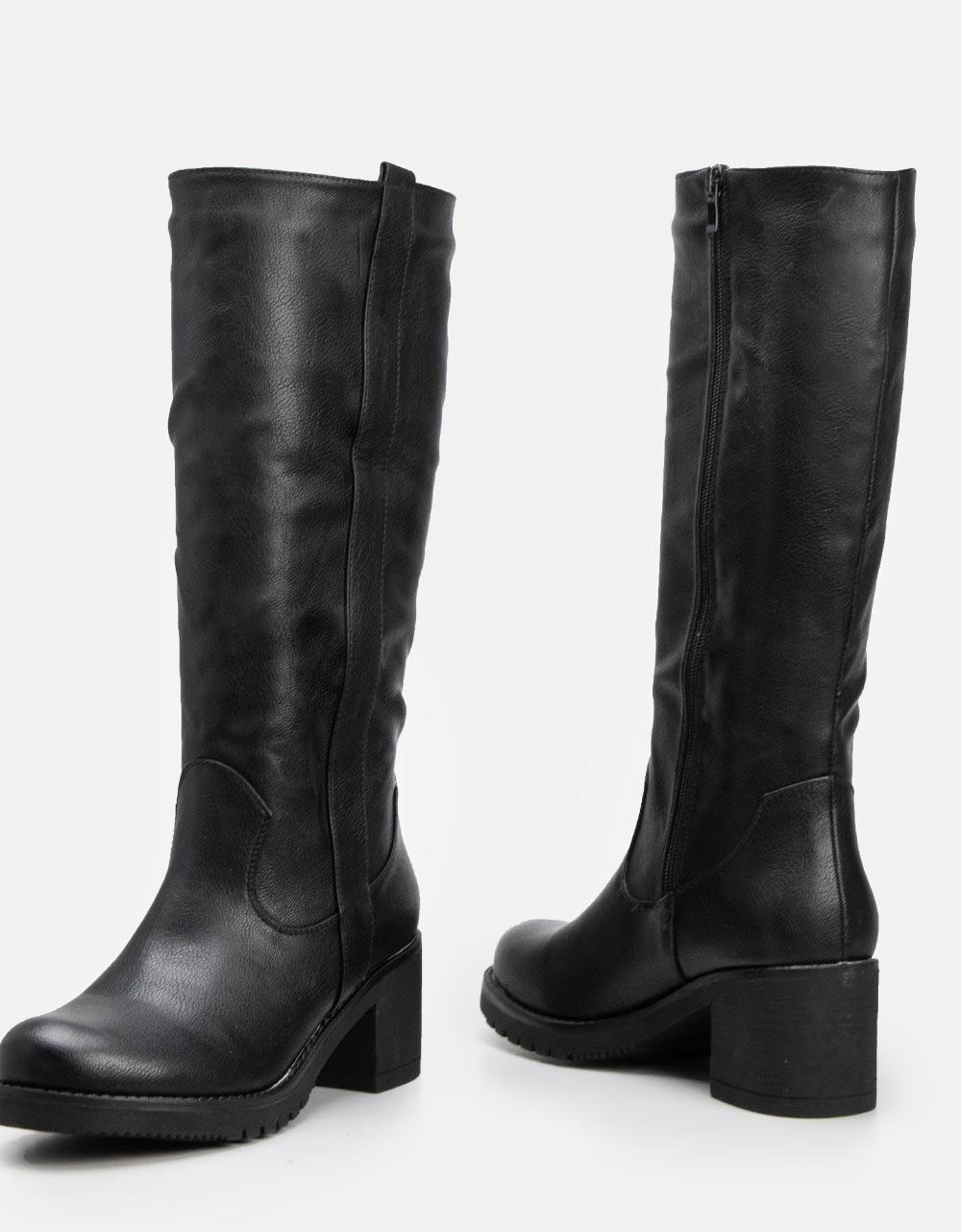 Εικόνα από Γυναικείες μπότες μονόχρωμες με τακούνι Μαύρο