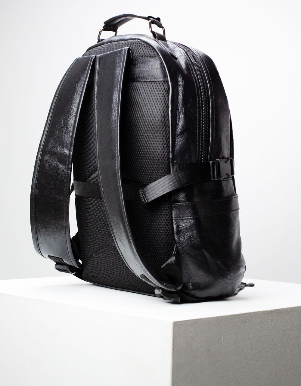 Εικόνα από Ανδρικά σακίδια πλάτης με φερμουάρ Μαύρο