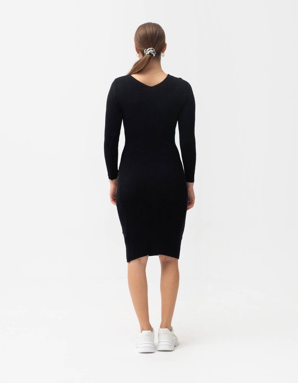 Εικόνα από Γυναικείο φόρεμα σε στενή γραμμή μίντι Μαύρο