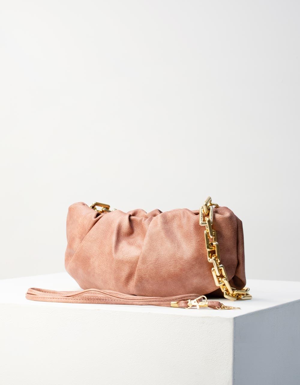 Εικόνα από Γυναικεία τσάντα ώμου & χιαστί με σούρες και αλυσίδα Ροζ