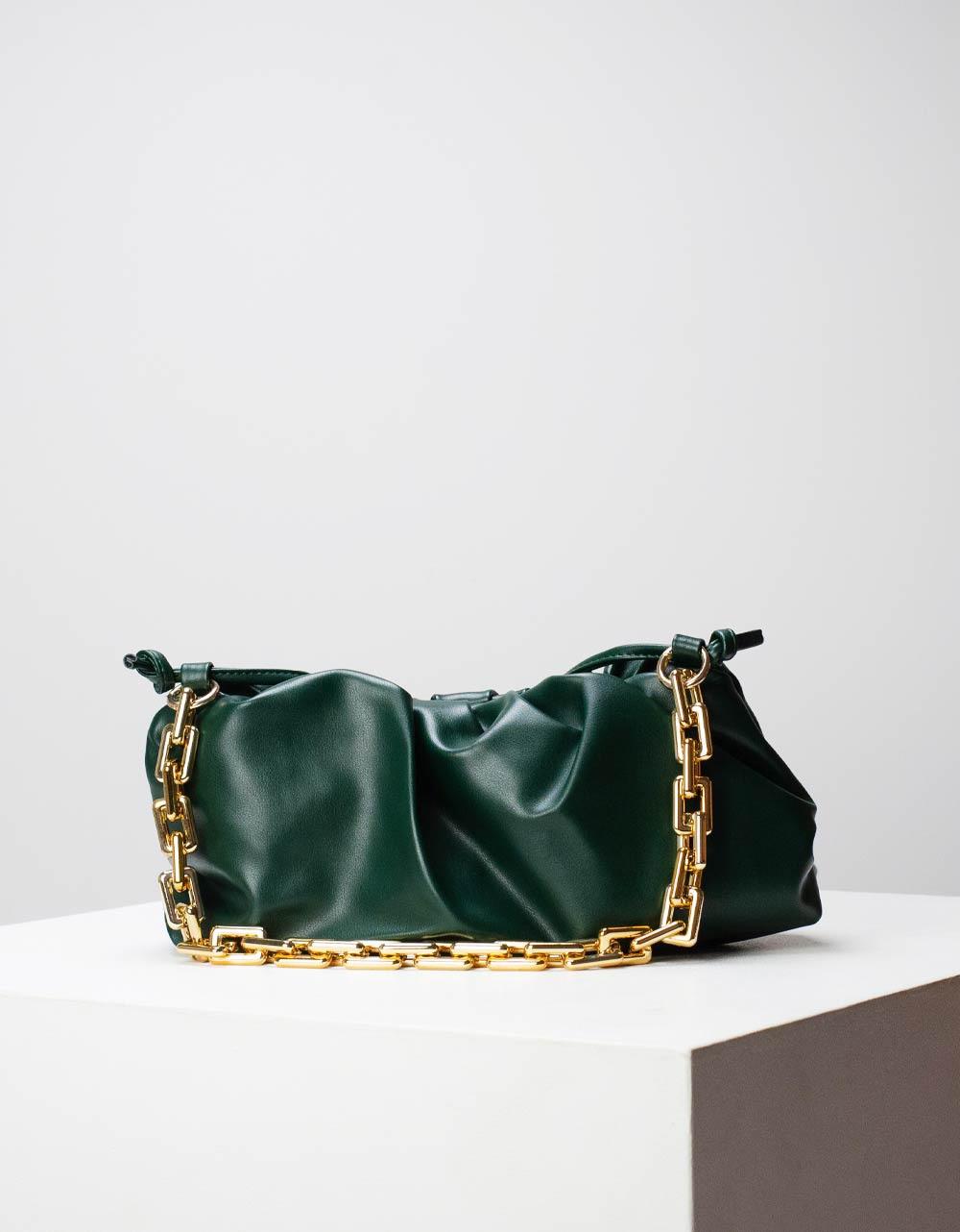 Εικόνα από Γυναικεία τσάντα ώμου & χιαστί με σούρες και αλυσίδα Πράσινο