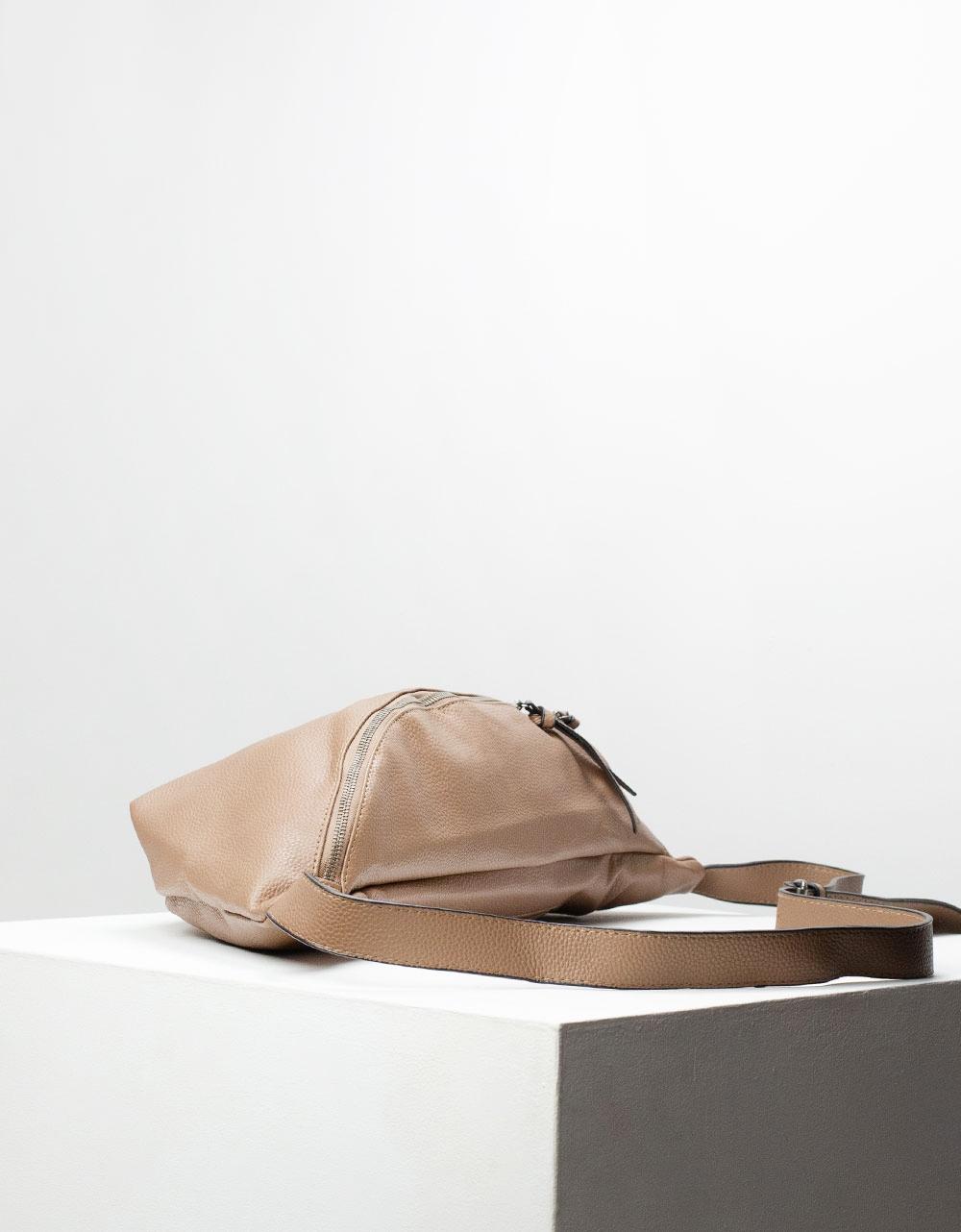 Εικόνα από Γυναικεία τσάντα μέσης Πούρο