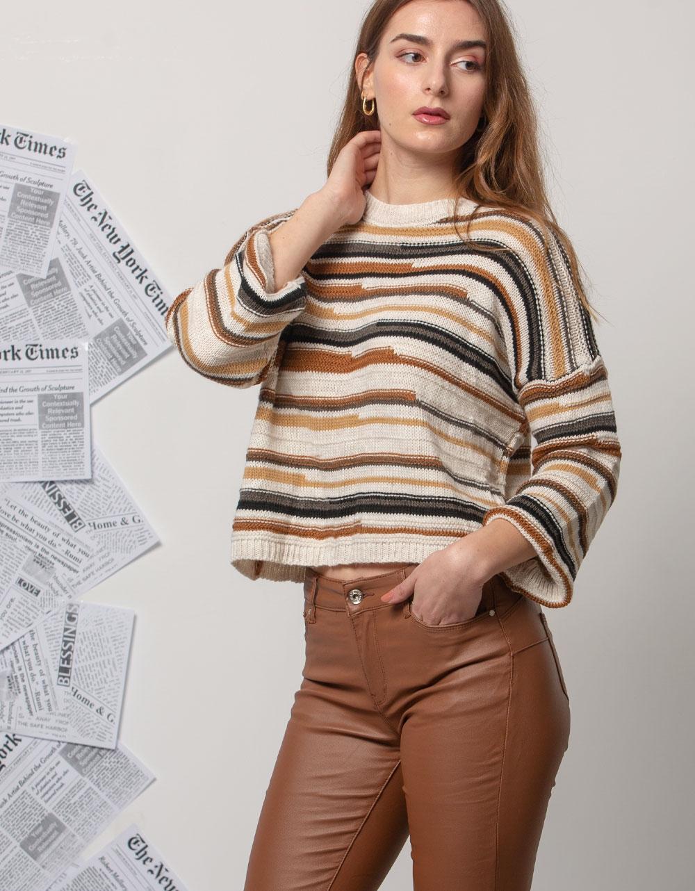 Εικόνα από Γυναικεία μπλούζα με τρίχρωμα σχέδια Λευκό