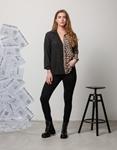 Εικόνα από Γυναικείο πουκάμισο με δίχρωμη λεπτομέρεια Μαύρο