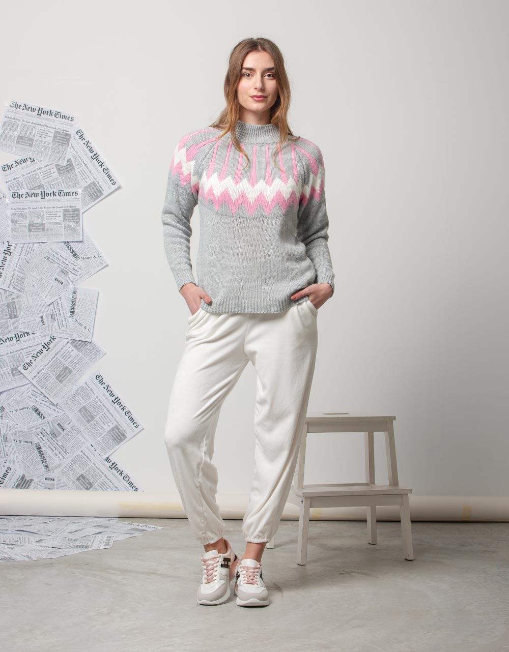 Εικόνα από Γυναικεία μπλούζα πλεκτή με σχέδιο Γκρι