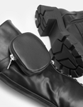 Εικόνα από Γυναικείες μπότες με κορδόνια και εξωτερικό τσεπάκι Μαύρο