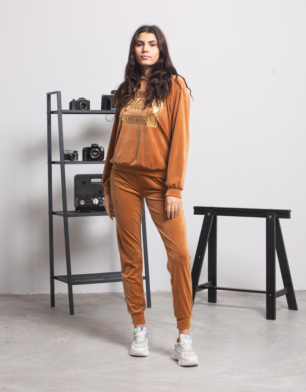 Εικόνα από  Γυναικεία σετ ρούχων παντελόνι & μπλουζάκι με τύπωμα Ταμπά