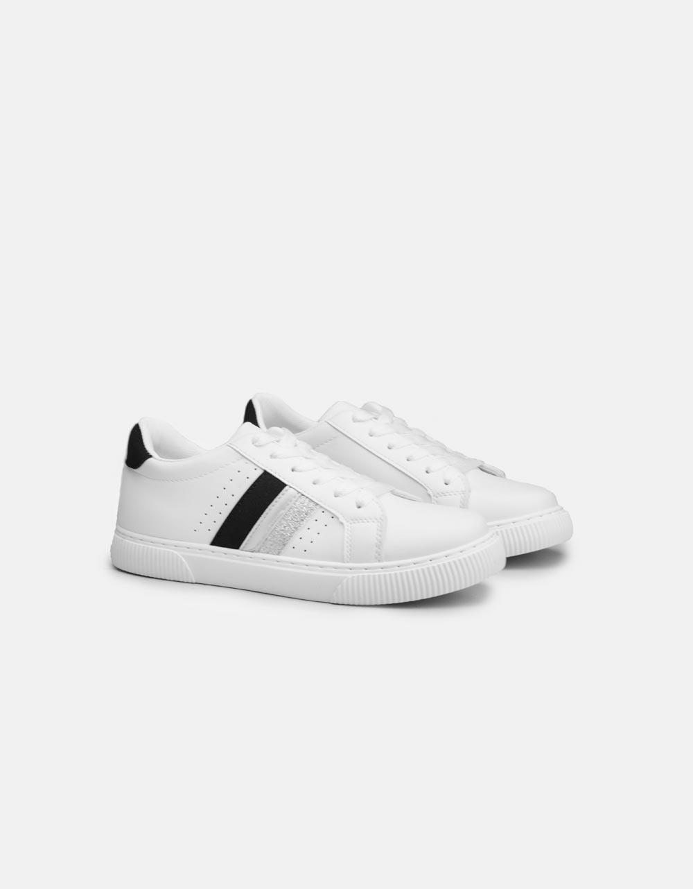 Εικόνα από Γυναικεία sneakers basic με ρίγες στο πλαινό μέρος Λευκό/Μαύρο