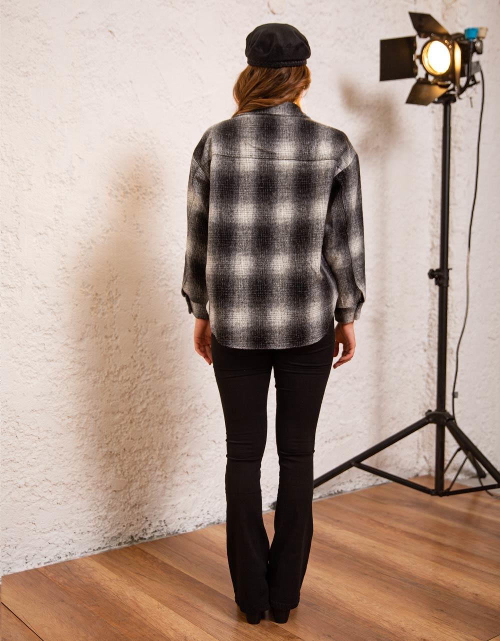 Εικόνα από Γυναικείο πουκάμισο overshirt καρό Γκρι