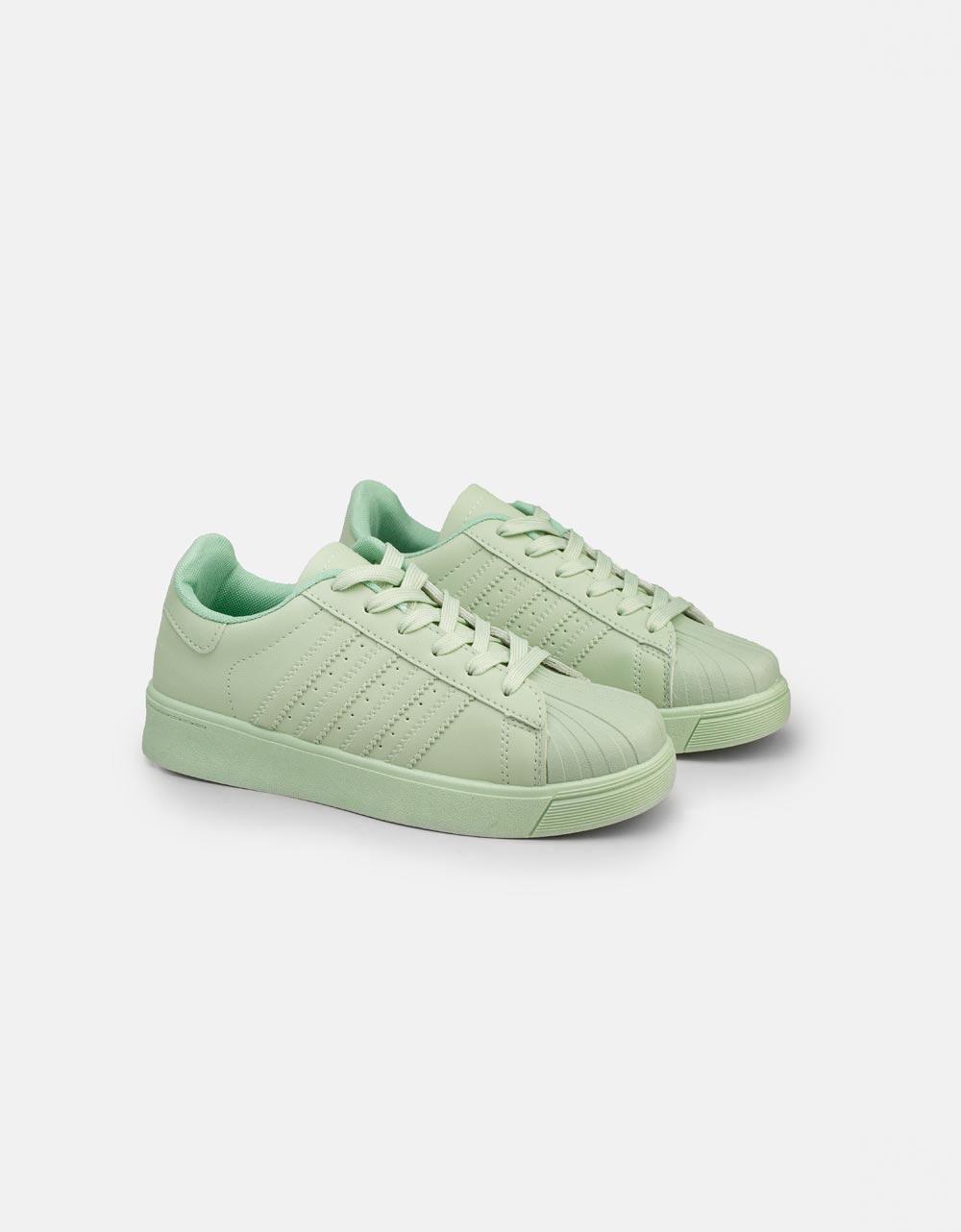 Εικόνα από Γυναικεία sneakers basic μονόχρωμα Πράσινο