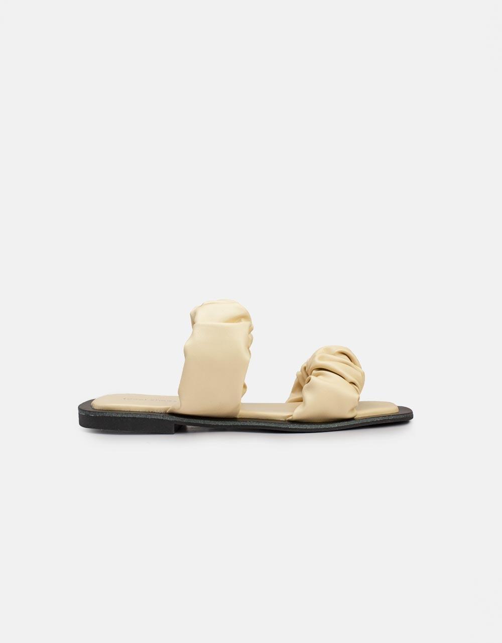 Εικόνα από Γυναικεία σανδάλια με σούρες Μπεζ
