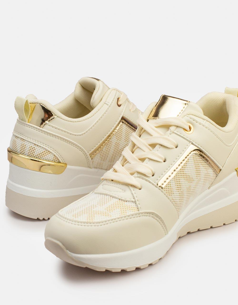 Εικόνα από Γυναικεία sneakers με μεταλλική λεπτομέρεια στο πίσω μέρος Μπεζ