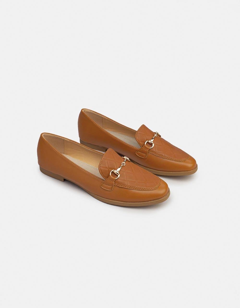 Εικόνα από Γυναικεία Flat loafers με μεταλλική αγκράφα Ταμπά