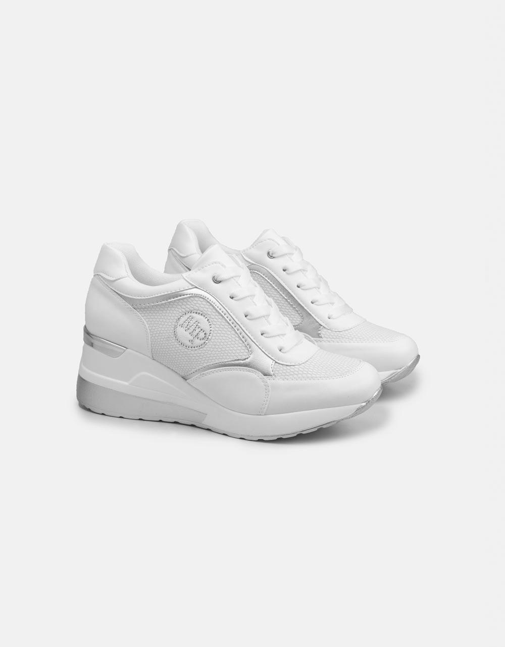 Εικόνα από Γυναικεία sneakers με τακούνι και μεταλλική λεπτομέρεια Λευκό
