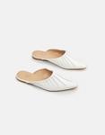 Εικόνα από Γυναικεία flat mules μονόχρωμα Λευκό