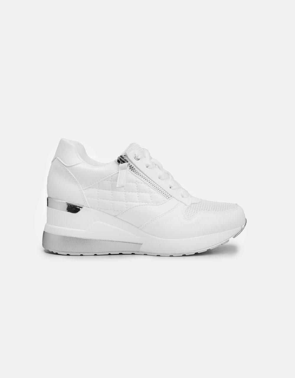 Εικόνα από Γυναικεία sneakers με καπιτονέ σχέδιο Λευκό