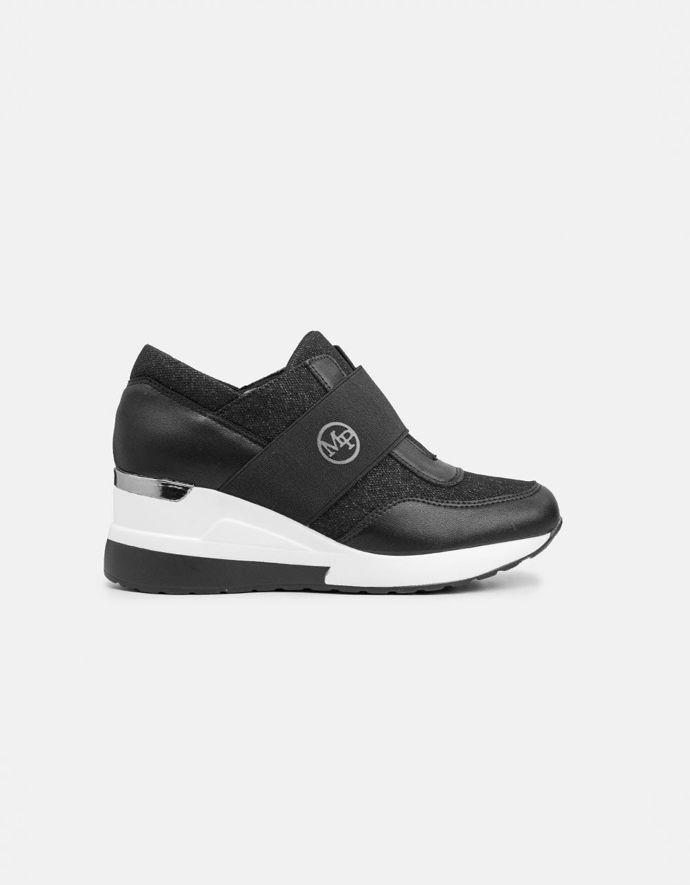 Εικόνα από Γυναικεία sneakers με λάστιχο στο κουτεπιέ Μαύρο