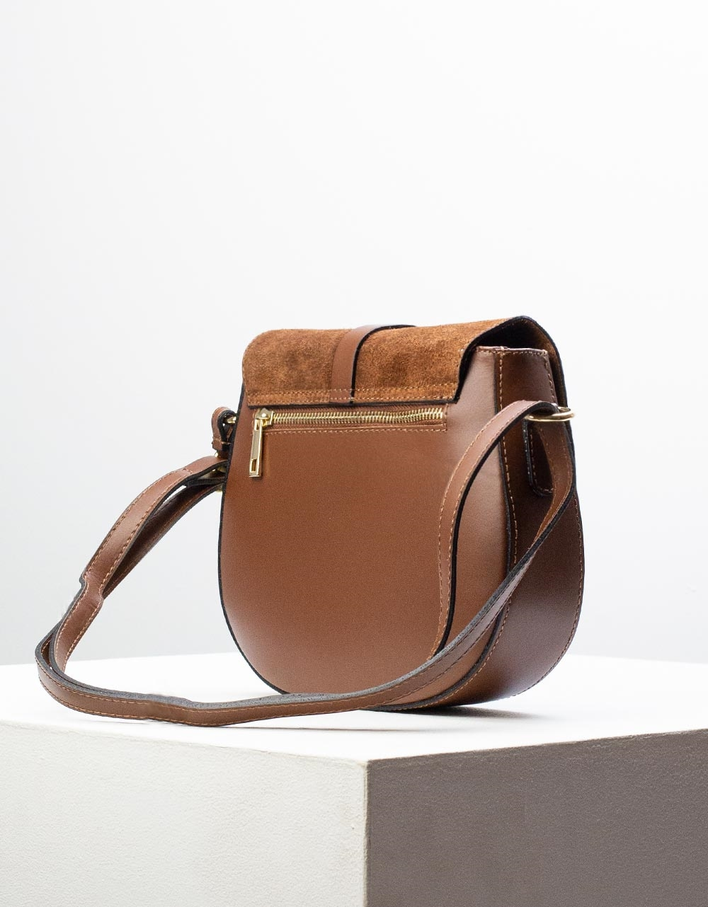 Εικόνα από Γυναικεία τσάντα ώμου & χιαστί από γνήσιο δέρμα σε συνδιασμούς υλικών Καφέ