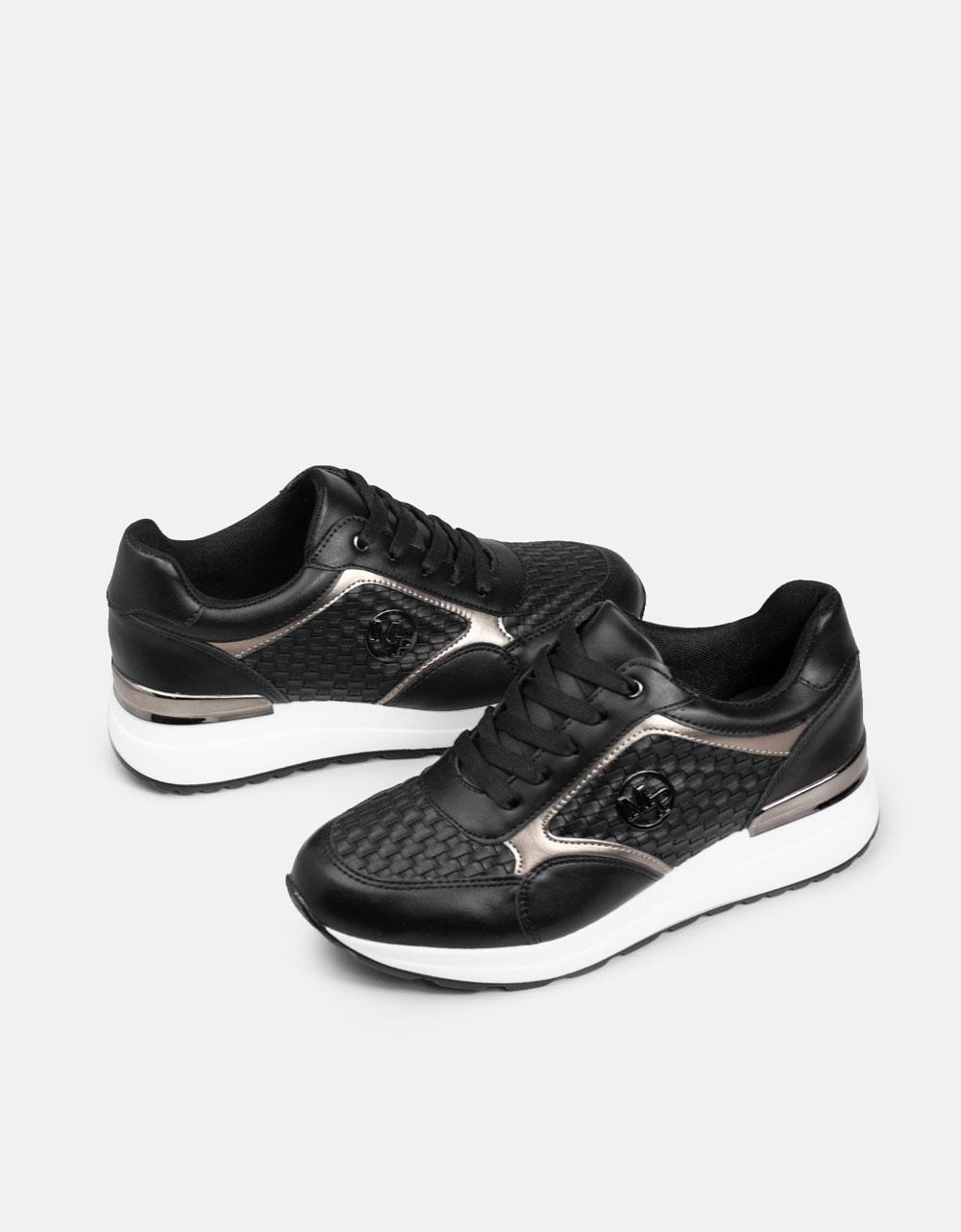 Εικόνα από Γυναικεία sneakers με μεταλλική λεπτομέρεια στο πίσω μέρος Μαύρο