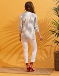 Εικόνα από Γυναικείο σακάκι με σούρες στα μανίκια Λευκό/Μαύρο