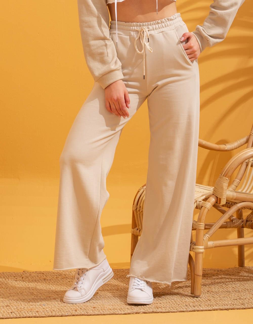 Εικόνα από Γυναικεία φόρμα καμπάνα Μπεζ
