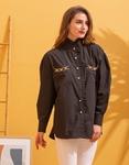 Εικόνα από Γυναικείο πουκάμισο oversized με λεπτομέρεια λεοπάρ στα τσεπάκια Μαύρο