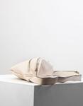 Εικόνα από Γυναικεία τσάντα μέσης με φερμουάρ Μπεζ