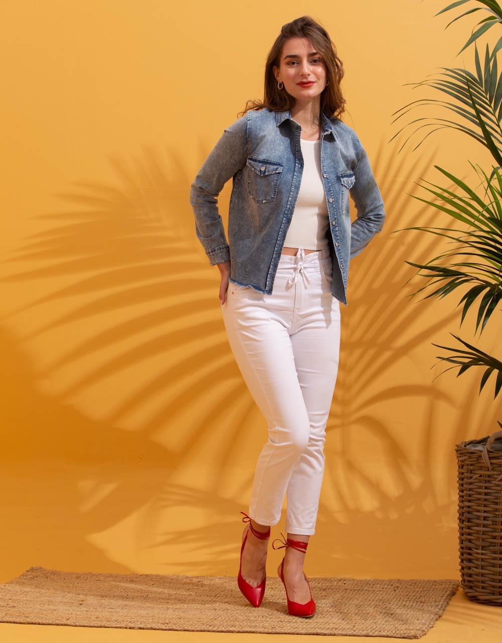 Εικόνα από Γυναικείο πουκάμισο τζάκετ με τσέπες Τζιν
