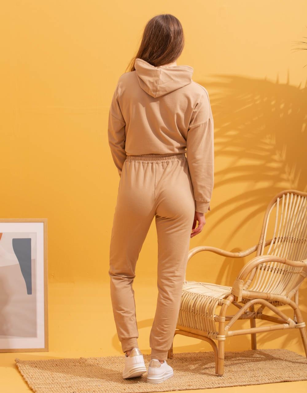 Εικόνα από Γυναικεία σετ με φούτερ Πούρο