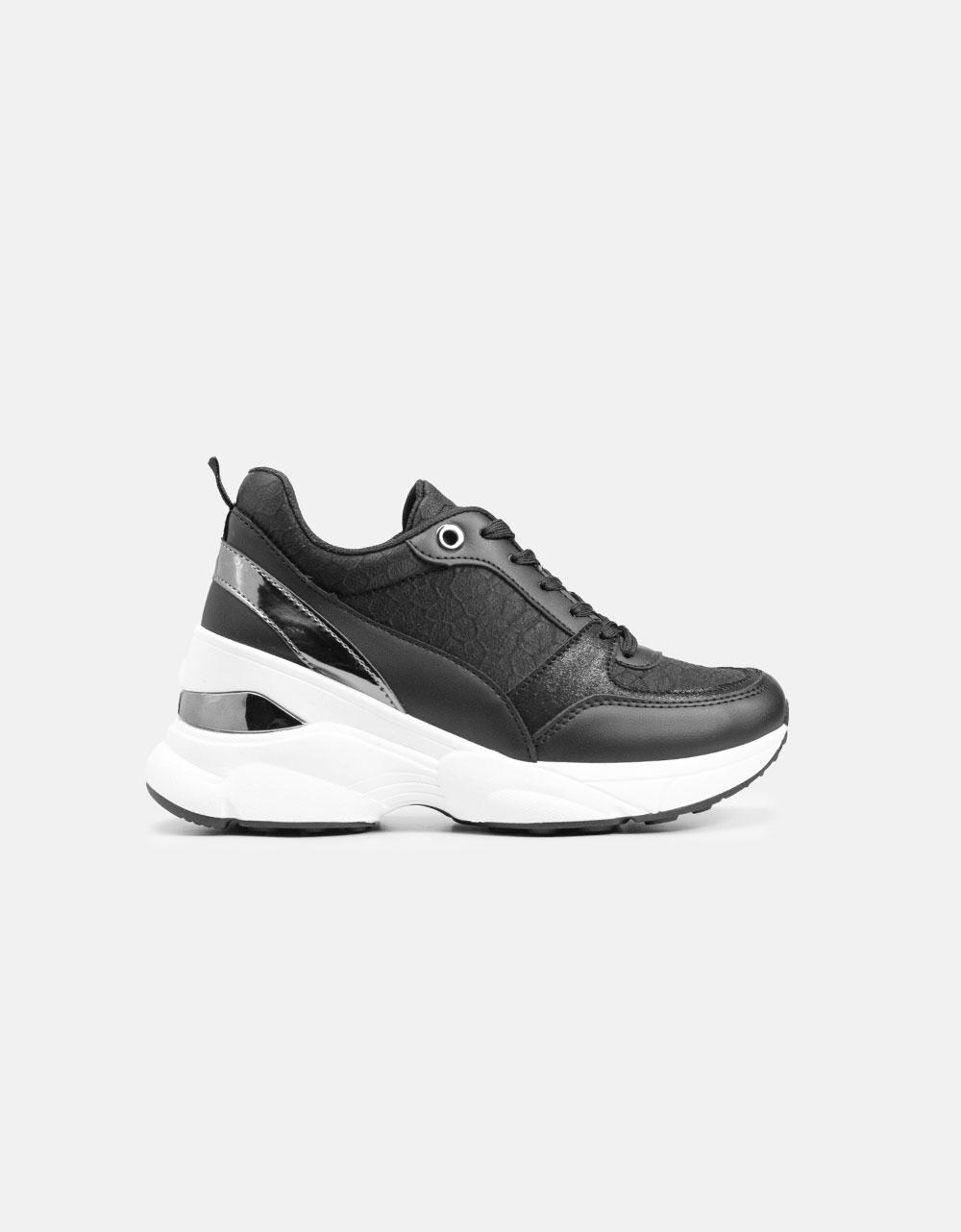 Εικόνα από Γυναικεία sneakers με μεταλλική λεπτομέρεια Μαύρο