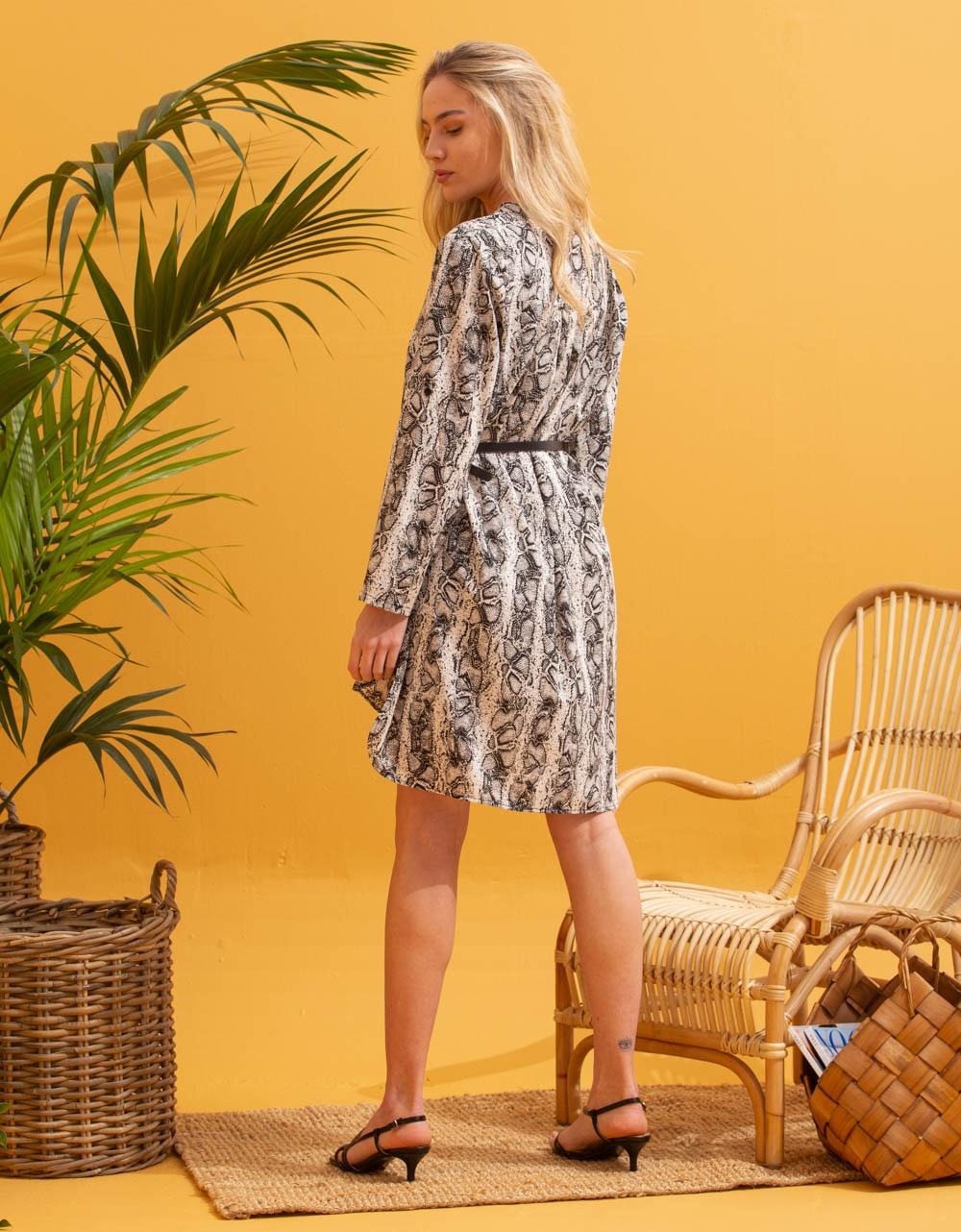 Εικόνα από Γυναικείο φόρεμα πουκάμισο με ζωνάκι Μαύρο/Λευκό