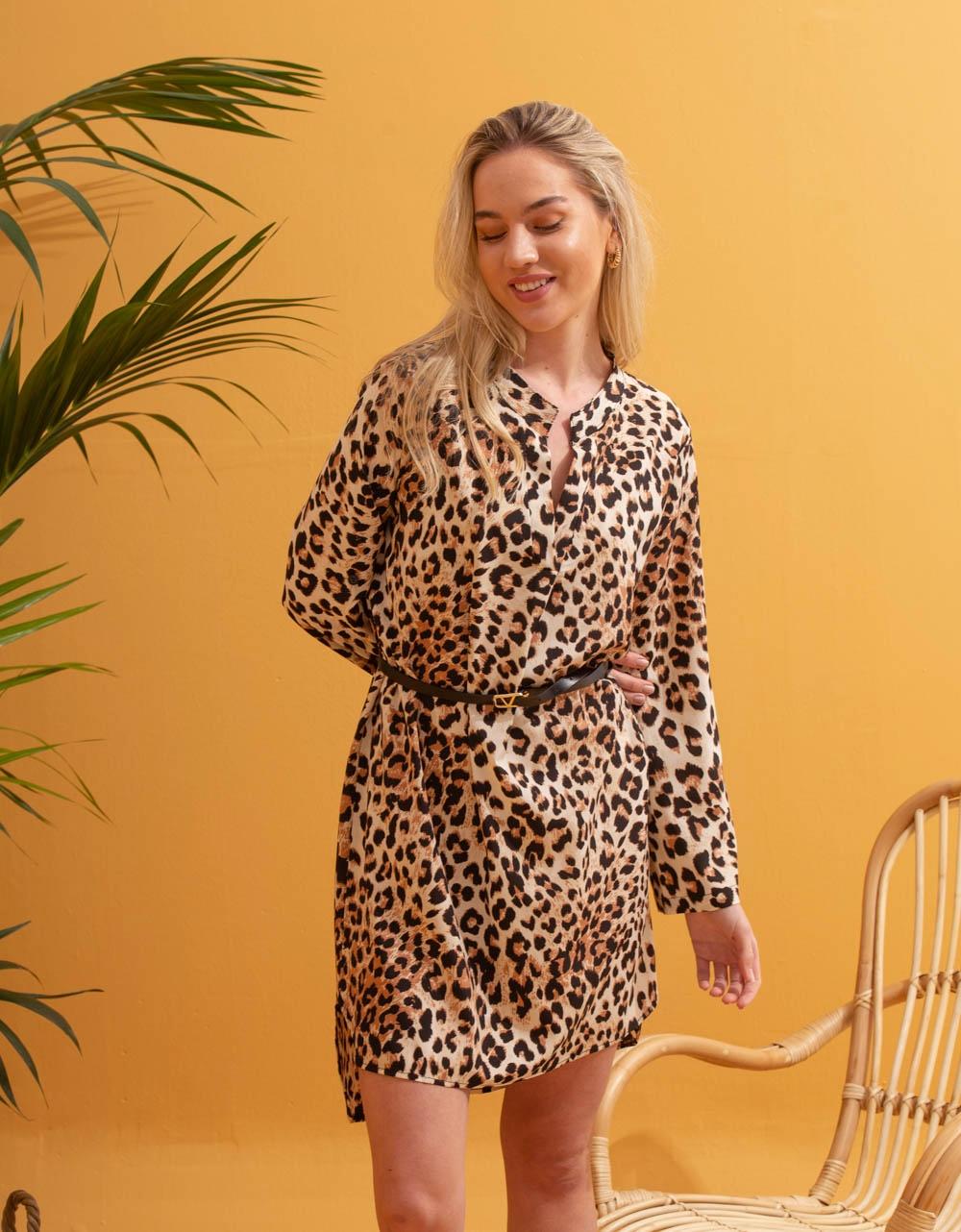 Εικόνα από Γυναικείο φόρεμα πουκάμισο με ζωνάκι Λεοπάρ