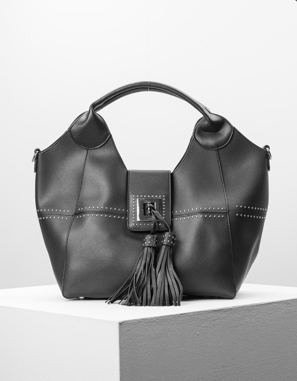 Εικόνα από Γυναικεία τσάντα χειρός με εσωτερικό τσαντάκι και διακοσμητικά φουντάκια Μαύρο